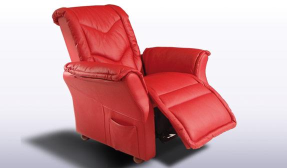Elegant armchair facondini materassi for Poltrone motorizzate